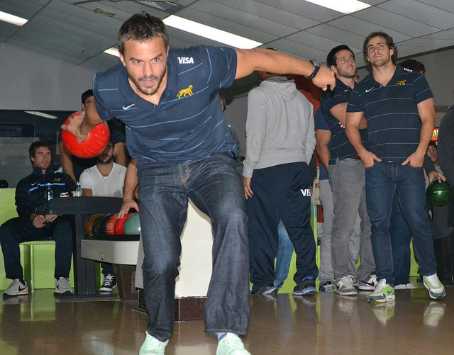 Hernández bowling auckland